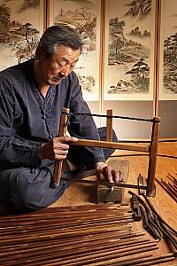 활과 화살을 만드는 장인, 궁시장(국가무형문화재 제47호)