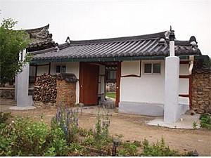 지주중심 농가형 마을의 중심 가옥, 상주 취은고택