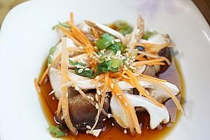 전통적으로 인기있었던 송이버섯과 표고버섯