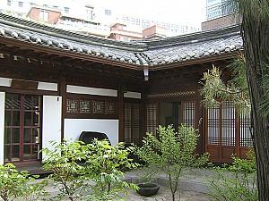 한국미 일깨운 그윽한 사랑채, 서울 성북동 최순우 가옥