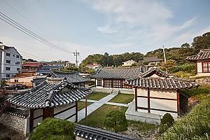 대전 유림을 대표하는 권득기와 권시의 도산서원 사적비